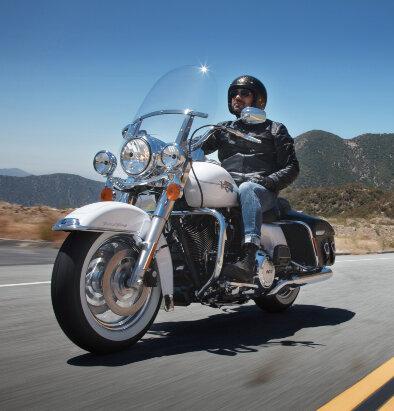 Harley Davidson Road King Clas...