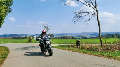 Ederbergland - Burgwald: Kurvenreich durch Mittelhessen