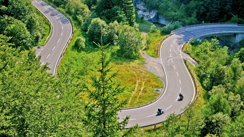 Darf es ein wenig Kurve mehr sein? Bitte sehr: Die Nassfeldstraße auf der Kärntner Seite.