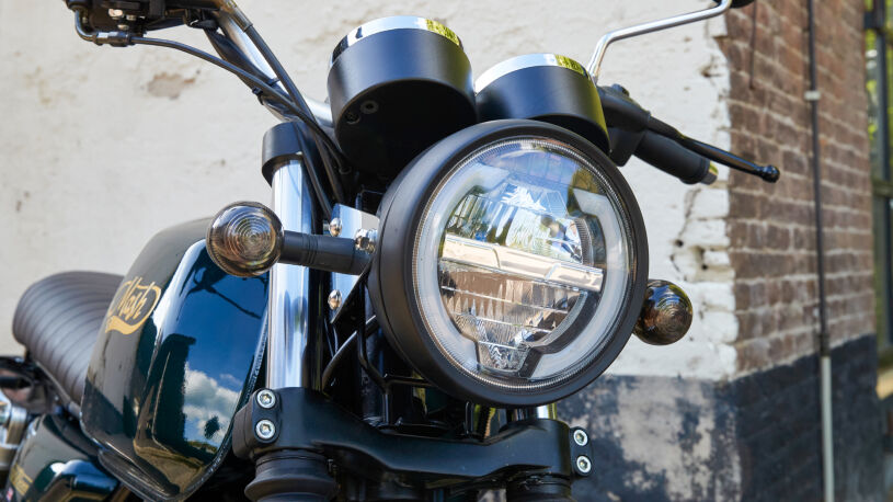 LED-Scheinwerfer Mash Black Seven