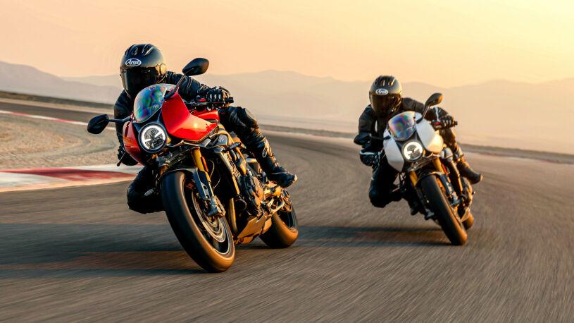 Rot oder Weiß? Triumph Speed Triple 1200 RR