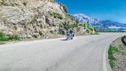 Motorradtour: Auf zwei Rädern über die Küsten- und Bergstraßen Andalusiens