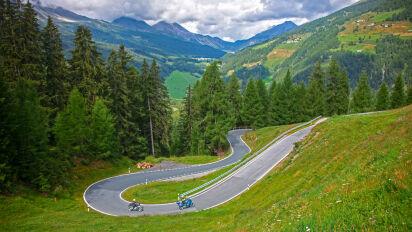 Motorradtour Pässetour Engadin - Kurvenpotpourri im Herzen der Alpen