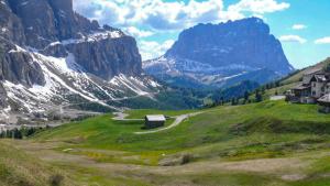 Motorradreise Die Dolomiten - Die einzigartige Motorradtour im Herzen der Alpen
